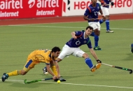 players-in-action-during-3rd-place-match-of-hhil2013-at-ranchi-2