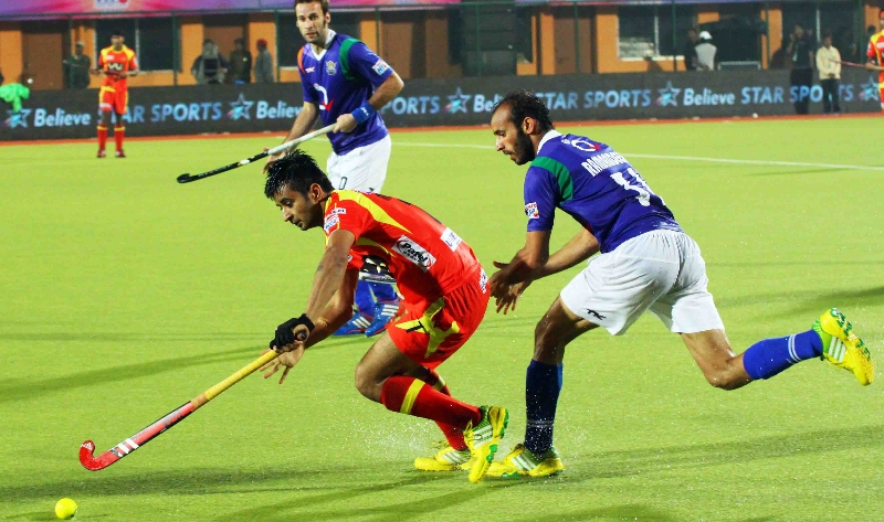 manpreet-singh-player-of-rr-in-action-against-upw-2