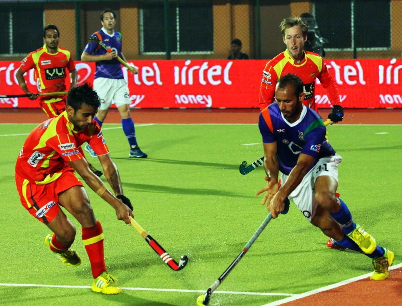 manpreet-singh-player-of-rr-in-action-against-upw