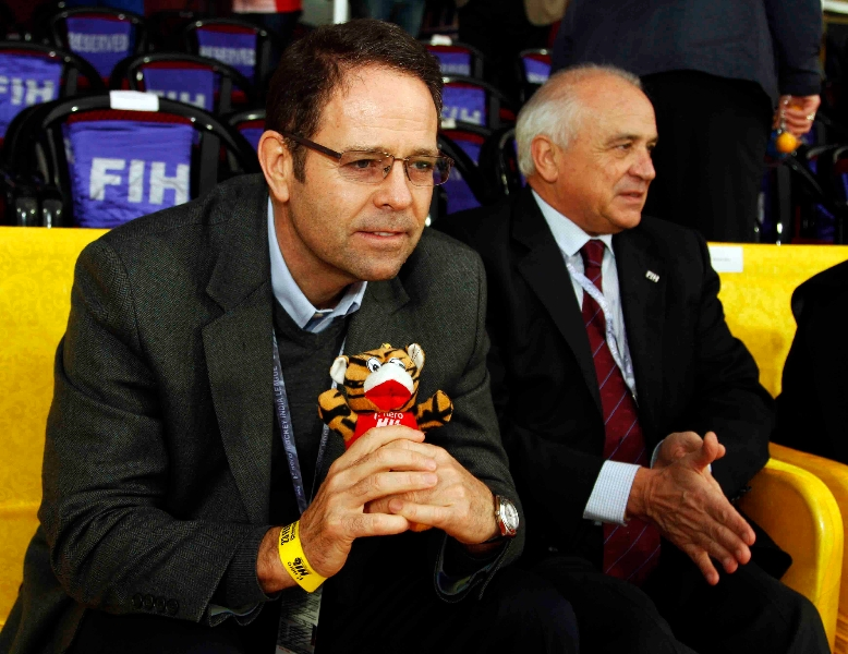 mr-kelly-fairweather-ceo-fih-mr-leandro-negre-president-of-fih