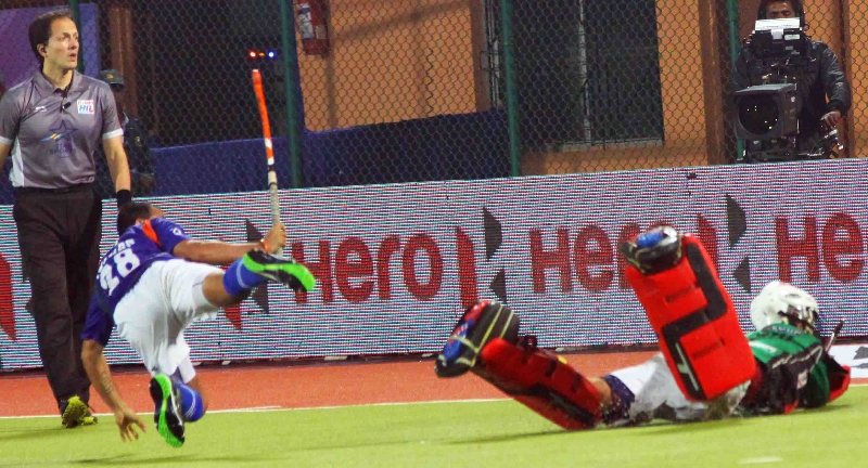 tushar-khandker-player-of-upw-scoring-a-shoot-out-goal-against-rr