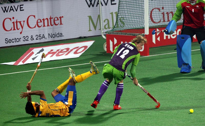 Tim Jenniskens in action from Delhi Waveriders