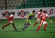 Delhi Waveriders in action against Mumbai Magicians at Delhi on 16 jan 2013