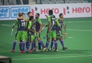 delhi-waveriders-celebrating-after-hitting-a-goal-against-mumbai-magicians-at-delhi-on-16-jan-2013_1