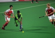 delhi-waveriders-in-action-against-mumbai-magicians-at-delhi-on-16-jan-2013-2_0