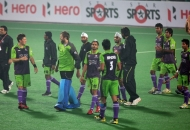 the-delhi-waveriders-celebrating-their-victory-over-mumbai-magicians-in-hero-hockey-india-league-match-at-delhi-on-16-january-2013_1