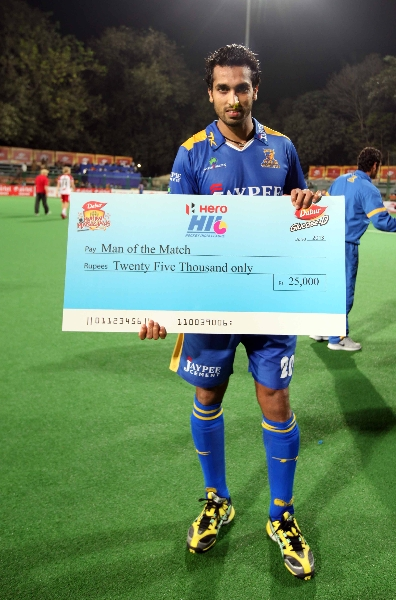 dharamvir-singh-from-jpw-man-of-the-match-1