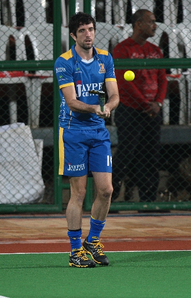 jpw-warm-up-session-before-the-match-against-mm-on-31-01-2013-at-mumbai-stadium-3_0