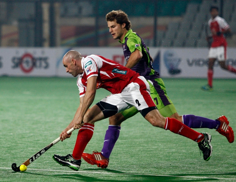 glenn-turner-of-mumbai-magician-in-action-against-delhi-waveriders-at-delhi-on-th-jan