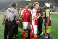 delhi-team-celebration-after-win-the-match-against-mumbai-magician-at-delhi-on-26th-jan-2013-2