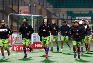 delhi-waveriders-team-during-warm-up-session-at-delhi-against-mumbai-magician-match-on-26th-jan-2013-6