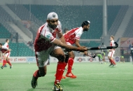 mumbai-magician-team-during-warm-up-session-at-delhi-against-delhi-waveriders-match-on-26th-jan-2013-4