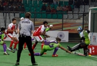 norris-jones-scores-third-goal-for-delhi-waveriders-against-mumbai-magician-at-delhi-on-26th-jan-2013-3