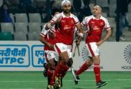 sandeep-singh-scoring-a-first-goal-for-mumbai-magician-in-panalty-corner-against-delhi-waveriders-at-delhi-1