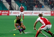 sardara-singh-in-action-against-mumbai-magicians-at-delhi-on-26th-jan-2013