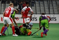 second-goal-for-delhi-waveriders-hit-by-norris-jones-against-mumbai-magician-at-delhi-on-26th-jan-2013-2