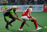 talvinder-singh-player-of-delhi-waveriders-in-action-at-delhi-on-26th-jan-2013
