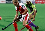 timothy-deavin-in-action-against-delhi-waveriders-at-delhi-on-26th-jan-2013