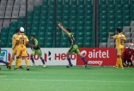 aakashdeep-singh-of-delhi-waveriders-scoring-a-first-goal-for-delhi-waveriders-against-punjab-warriors-at-delhi-on-29th-jan-2013-1