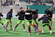 delhi-waveriders-team-during-warp-up-session-at-delhi-against-punjab-warriors-match-on-29th-jan-2013-1