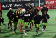 delhi-waveriders-team-during-warp-up-session-at-delhi-against-punjab-warriors-match-on-29th-jan-2013-4