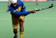gurmail-singh-of-punjab-warriors-during-warmup-session-at-delhi-on-29th-jan-2013