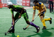 punjab-warriors-and-delhi-waveriders-player-in-action-during-the-match-between-punjab-warriors-and-delhi-waveriders-at-delhi-on-29th-jan-2013-3