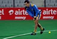punjab-warriors-skipper-jamie-dwyer-during-warmup-session-at-delhi-on-29th-jan-2013