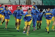 punjab-warriors-team-during-warp-up-session-at-delhi-against-delhi-waveriders-match-on-29th-jan-2013-2