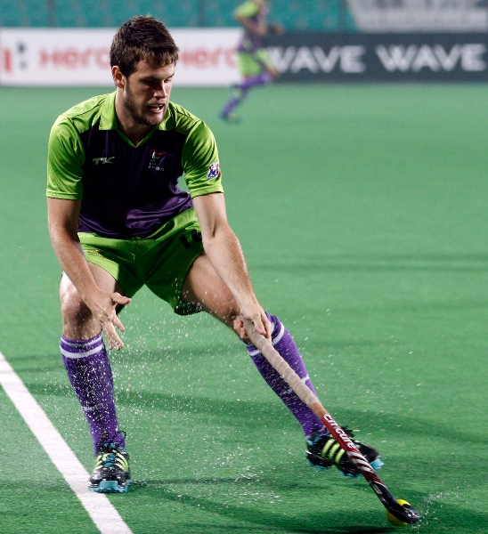 delhi-waveriders-player-matt-gohdes-in-action