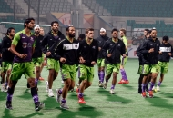 delhi-waveriders-team-during-warp-up-session-at-delhi-against-ranchi-rhinos-match-on-30th-jan-2013-3