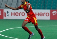 Vikas-chaudhry-celebrating-a-goal-against-delhi-waveriders