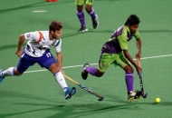 jeroen-hertzberger-player-of-uttar-pradesh-wizards-action-against-delhi-waveriders-at-delhi-on-7-feb-2013