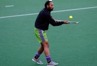 sardar-singh-captain-of-delhi-waveriders-doing-practice-before-match-at-delhi