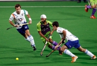 talwinder-singh-player-of-delhi-waveriders-action-against-uttar-pradesh-wizards-at-delhi-on-7-feb-2013