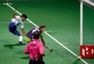 vivek-dhar-player-of-uttar-pradesh-wizards-second-goal-against-delhi-waveriders-at-delhi-on-7-feb-2013