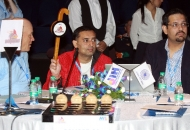 Mumbai Magicians owner Mr. Amit Burman bids for a Player
