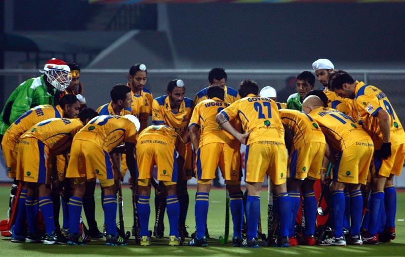 Punjab Warriors team huddle before start the match at Jalandhar on 16th Jan 2013.