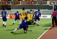 first-goal-for-punjab-hitting-by-dwyer-jame-his-captain-against-up-wizards-at-jalandhar-on-17th-jan-2013-3