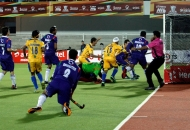 first-goal-for-punjab-hitting-by-dwyer-jame-his-captain-against-up-wizards-at-jalandhar-on-17th-jan-2013-4