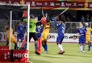 fist-panalty-shoot-out-for-punjab-warriors-1