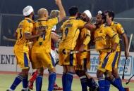malak-singh-of-punjab-warriors-scoring-second-goal-for-punjab-warriors-against-mumbai-magician-at-jalandhar-on-24th-jan-2013-1