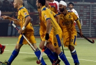 mark-knowles-of-punjab-warriors-scoring-a-first-goal-for-punjab-warriors-against-mumbai-magician-at-jalandhar-on-24th-jan-2013-3