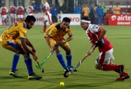 mumbai-magician-and-punjab-warriors-player-in-action-during-the-match-between-mumbai-magician-and-punjab-warriors-at-jalandhar-on-24th-jan-2013-3