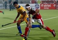 mumbai-magician-and-punjab-warriors-player-in-action-during-the-match-between-mumbai-magician-and-punjab-warriors-at-jalandhar-on-24th-jan-2013-4