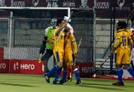 russell-ford-scores-fourth-goal-for-punjab-warriors-against-mumbai-magician-at-jalandhar-on-24th-jan-2013-3
