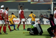 s-v-sunil-scores-third-goal-for-punjab-warriors-against-mumbai-magician-at-jalandhar-on-24th-jan-2013-2