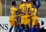 s-v-sunil-scores-third-goal-for-punjab-warriors-against-mumbai-magician-at-jalandhar-on-24th-jan-2013-4