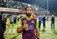 captain-of-dwr-after-winning-the-match-at-jalandhar-on-5th-feb-2013