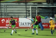 delhi-waveriders-and-punjab-warriors-player-in-action-during-the-match-at-jalandhar-on-5th-feb-2013-2